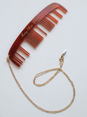 Messy Hair Comb Necklace (Tortoise)