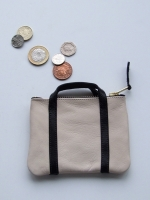 Handle Purse (natural & black)