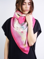 Pixel silk/wool scarf - pink - Other Image