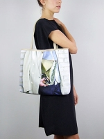 Style Shopper Bag Art Director