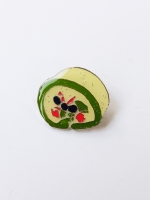 Lanka Green Tea Roll Cake Brooch
